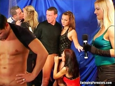 Sexy party chicks suck dicks in club orgy