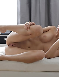 Alicia Mone rubs her creamy twat until she is screaming with pleasure