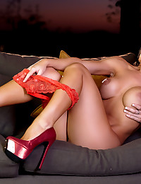 Voluptuous Nicole Aniston strips off and masturbates