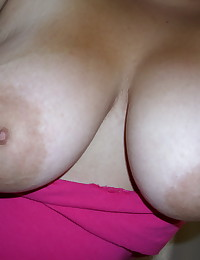 Chubby big girlfriend takes selfshot pictures of her huge tits and round ass in the mirror
