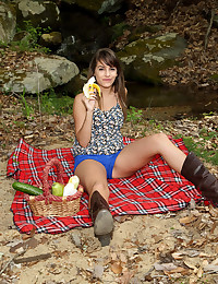 BABBLING BROOK with Kimmy Granger - ALS Scan photo #1