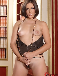 Bobbi Starr : | BABES | : Free picture gallery : 1By-Day - 2 exclusive picture and video sets each day, the most beautiful girls of eastern europe shooted by Denys Defrancesco, only exclusive pictures, downloadable HDV videos, streaming FLASH videos! | BA photo #9