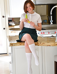 Schoolgirl 18 photo #1