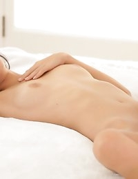 Nubile Films - videos featuring Zoey Kush in Dream Lovers photo #11