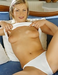I Dream Of Jo - Hungarian Porn Star photo #9