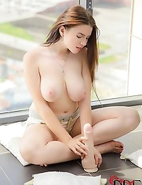 : | Single | : Free picture gallery : DDF Busty - Big Boobs, Gianna Michaels, Titty Fucked, Big Tits, Caylian Curtis,Big Breast , Laura M, Busty Babes, Peach :: The Webs Hottest Busty Babes !! The Only Big Breast Site You Will Ever Need | Single |  photo #3