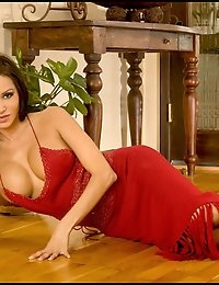 Babe in Red Dress photo #5