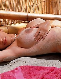 Gia Lashay gets sandy at the beach - Digital Desire  photo #4
