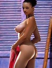 Gia Lashay gets sandy at the beach - Digital Desire  photo #6