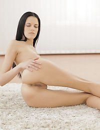 22012 - Nubile Films - Body Lines photo #10