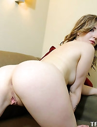 :: Shesnew.com presents Karla Kush's Sexy Pictures in We Like You Better Naked :: photo #5