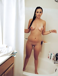 :: Shesnew.com presents Samantha's Sexy Pictures in Watch My GF shower! :: photo #8