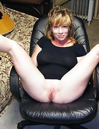 Wife Bucket - Real amateur wives and MILFs! Swingers too! photo #19