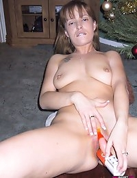 Wife Bucket - Real amateur wives and MILFs! Swingers too! photo #14