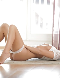 22396 - Nubile Films - My Touch photo #5