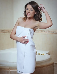 MetArt - Sybil A BY Arkisi - PRESENTING SYBIL photo #2
