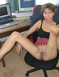 CumOnWives - real amateur blowjobs and cumshots! Only MILFs! photo #6