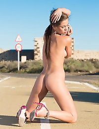 MetArt - Caprice A BY Ivan Harrin - CONSOLA photo #15